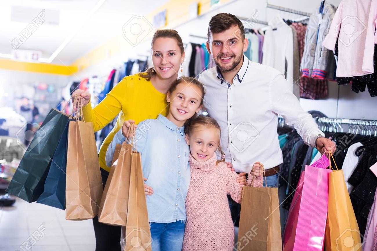 Ρούχα online   e-shops Μόδας ομορφιάς   Tsakbam.eu
